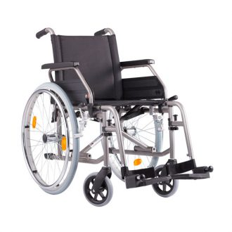 Silla de ruedas plegable autopropulsable de acero