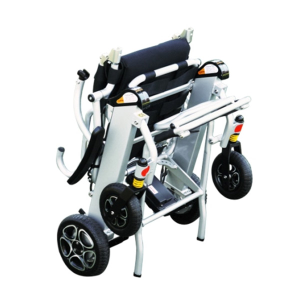 Silla de ruedas eléctrica plegable Mistral 7 y 10 Libercar Ultraligera y manejable-2