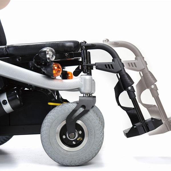 Silla de ruedas eléctrica compacta Blazer de Karma Mobility-5