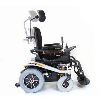 Silla de ruedas eléctrica compacta Blazer T de Karma Mobility