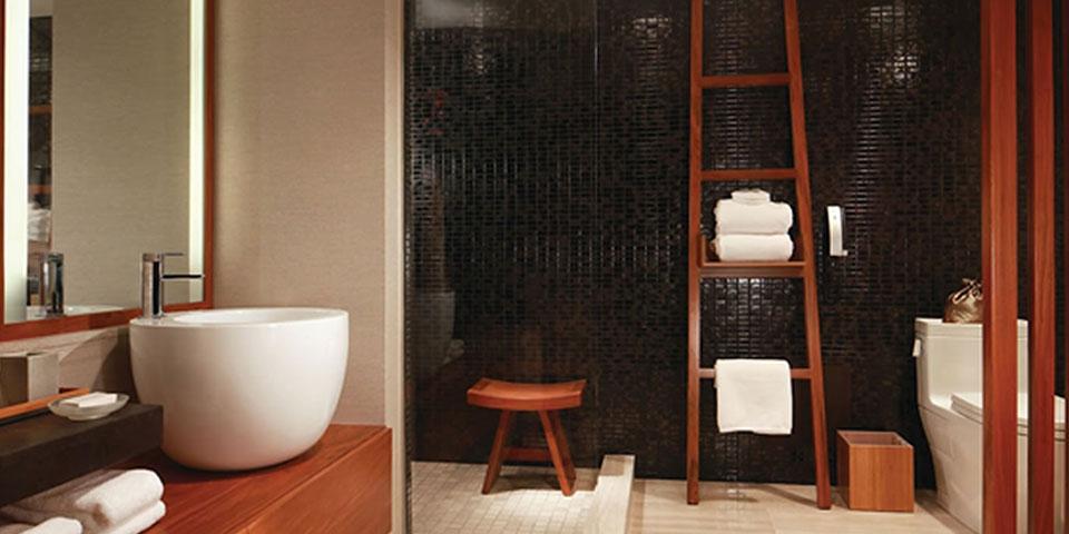 Mi ducha mejora con una moderna silla de ortopedia blog for Duchas electricas modernas