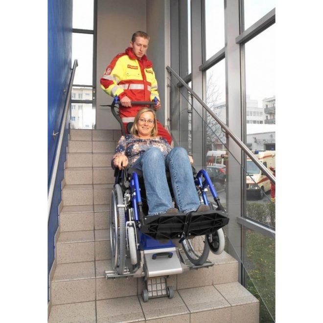 sube-escaleras-para-silla-de-ruedas-liftkar-2