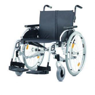 Silla de ruedas bariátrica ligera plegable autopropulsable ligera de B+B modelo Pyro Light Optima XL