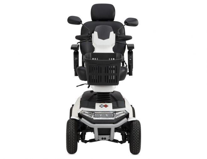 Vista frontal scooter eléctrico B+B Centuro S4